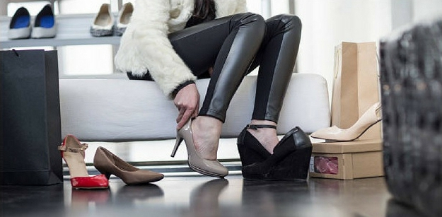 Tips on How to Wear Stylish Shoes Comfortably As a Plus Size Woman