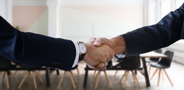 5 Tips on Hiring a Migration Agent