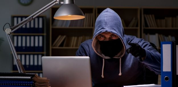 Common Ways People Use the Internet for Scams