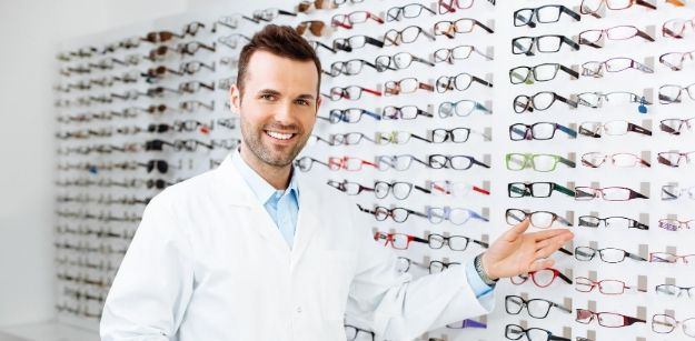 Which Lens Offers Better Transition Among Varifocals and Bifocals