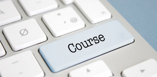 Academic vs Professional Degree Course