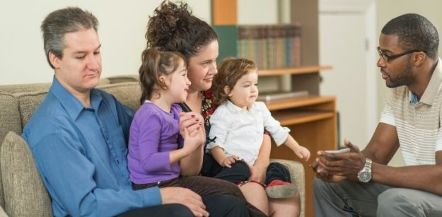 How Parents Therapy Can Help Children According to Talkspace