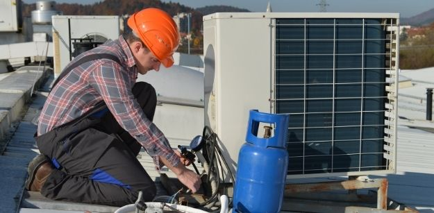 Signs That You Need Air Conditioning Repair Arlington, TX Services