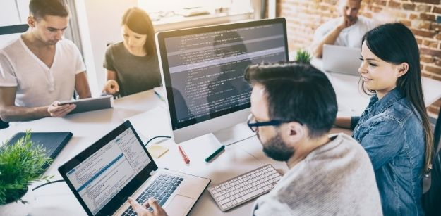 Java VS Python: Which is Better to Start with for Future
