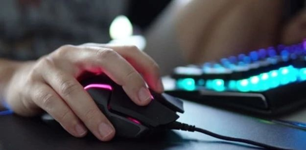 The Essential Guide on How to Clean a Mouse